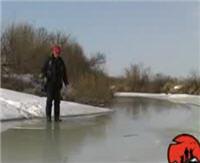 Видео «Мужская компания» — Река Исеть. Ловля щуки весной на балансир