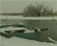 Видео «Ни хвоста, ни чешуи» — Рыбалка по последнему льду на Днепре