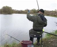Видео «По клевым местам» - Лобановский пруд. Ловля на удочку с боковым кивком