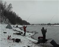 Видео «Рыбалка с Пашком» — Посиделки с фидером 2014