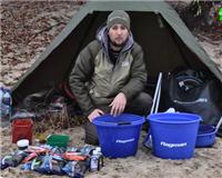 Видео «Флагман» — Ловля фидером поздней осенью на реке Днепр. Эксперименты с прикормкой FLAGMAN. Часть 1