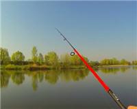 Видео «Клуб рыбаков» — Ловля судака весной на силикон и джиг
