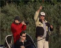 Видео «Рыбалка по-лугански» — Ловля в проводку с лодки