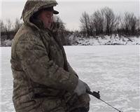 Видео «Рыболов NN» — Ловля щуки на жерлицы, блёсны и балансиры