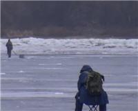 Видео «Клуб рыбаков» — Особенности экстремальной рыбалки зимним спиннингом на Днепре