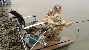 Уклейка на осенний поплавок - Рыбак рыбаку...