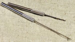 Сверло и крючок для насадки бойлов на крючок с волосом