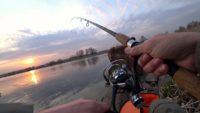 Ловля весеннего карася на озере - Рыбалка 68