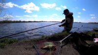 Карп гнёт удочки — Рыбачим сами