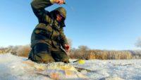 Рыба любит эту мормышку — Рыбалка на реке