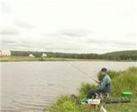 """Видео """"Рыбачьте с нами"""" - Ловля на пруду"""
